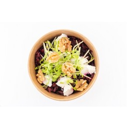 Beetroot salad with Goat cheese